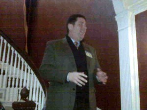 Peduto addressing a Steel City Stonewall meeting