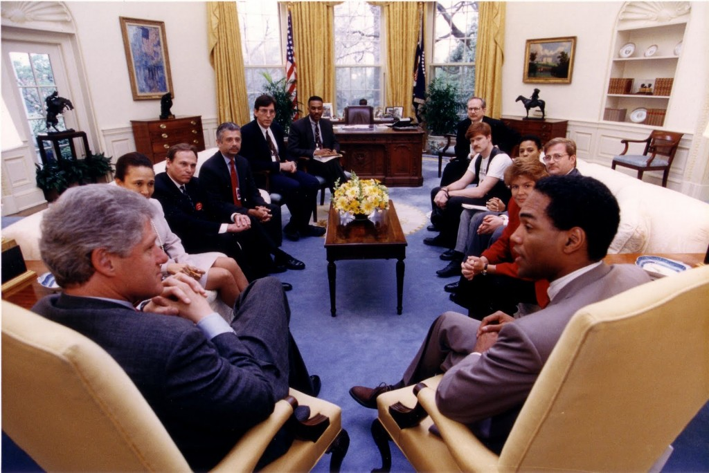 (From the left, starting Bill Clinton: Alexis Herman, straight White House public liaison; and gay leaders Tom Stoddard, of Campaign for Military Service; Tim McFeeley, of HRC; Bob Hattoy, White House staffer; Keith Boykin, White House staffer; William Waybourn, Victory Fund; Billy Hileman, MOW organizer; Nadine Smith, MOW organizer; Andrew Barrer, A-Gay Consultant With Money; Torie Osborn, NGLTF; Phill Wilson, Black AIDS Institute. Official White House photograph. Courtesy of Billy Hileman.)
